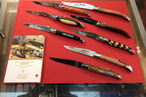 Messer von verschiedenen Herstellern (z.B. Laguiole)