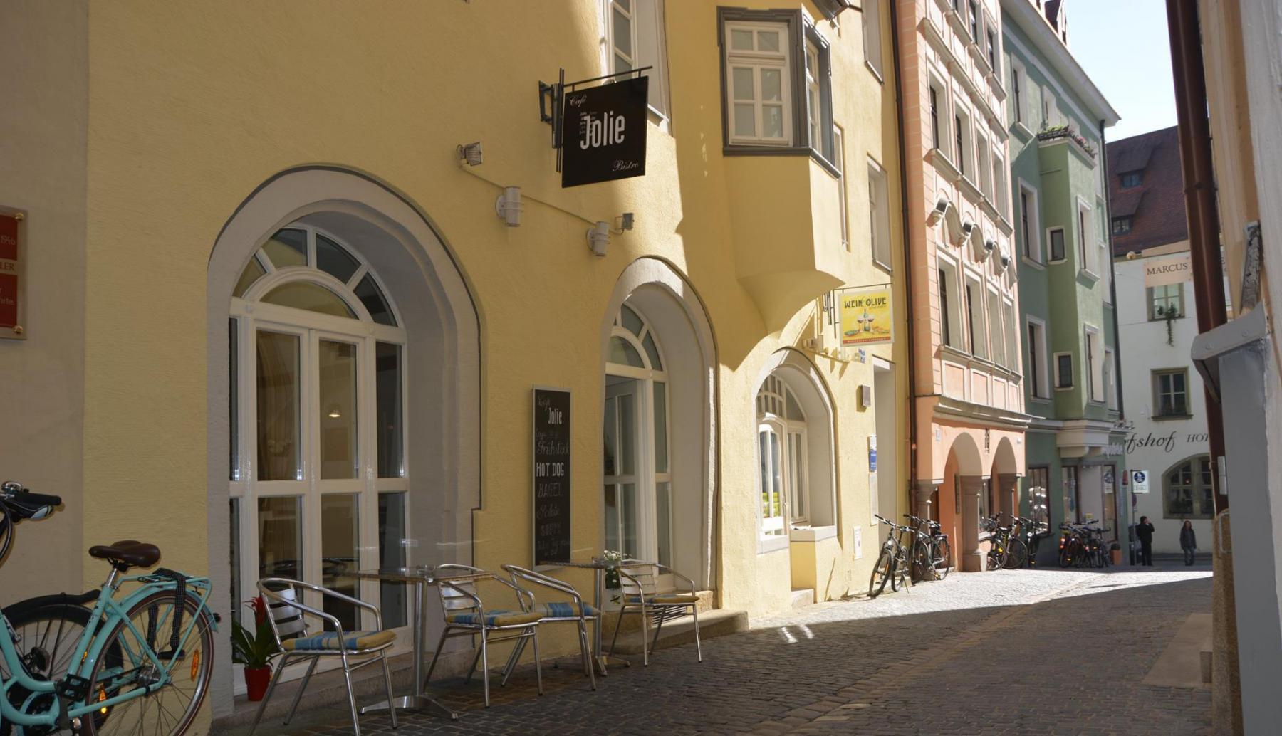 Cafe Jolie Am Watmarkt 7 Einkaufen Regensburgde