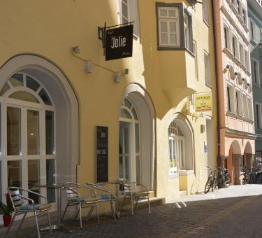 Cafe Jolie am Watmarkt 7