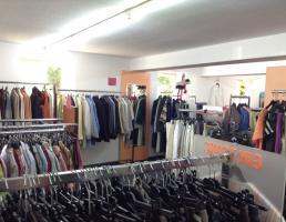 Fairkauf - sozialer Kleiderladen von AWO und Caritas in Reutlingen