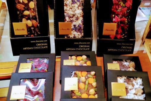 Schokolade zum dahinschmelzen - zum Teil mit Blattgold :-)