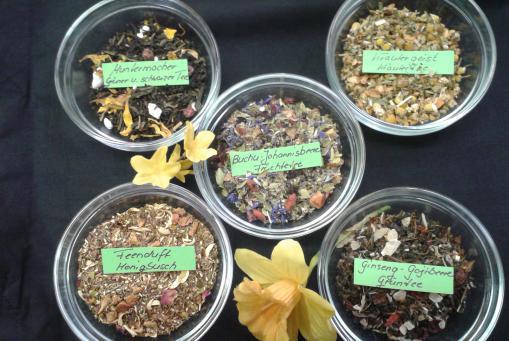 Leckere Frühlings - Tees ;-)