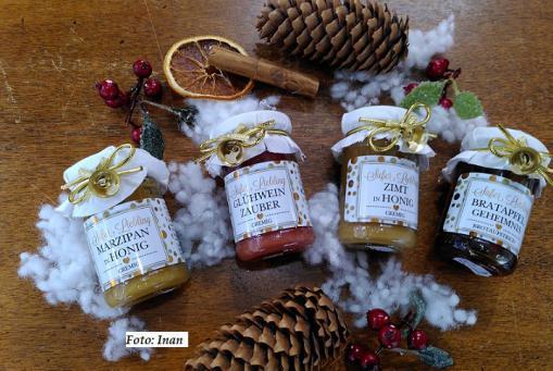 Leckere Winter-Honige mit Gewürzen verfeinert :-)