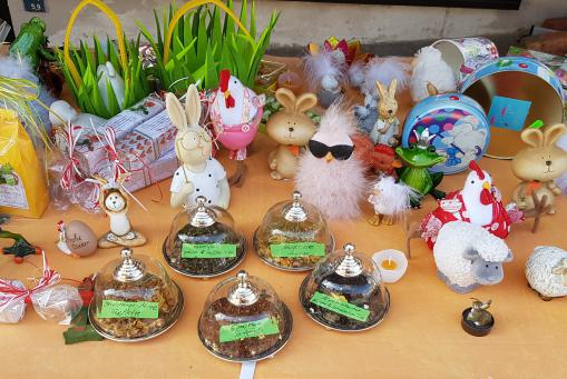Traditionelle und lustige Oster - Deko :-)
