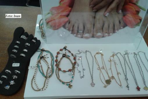 Zeigt her eure Füße ;-) Schöne Fußkettchen und Zehenringe