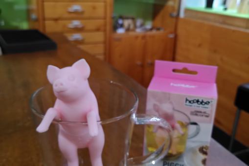 Schweinchen Teefilter- so macht Teekochen doppelt Freude :-)