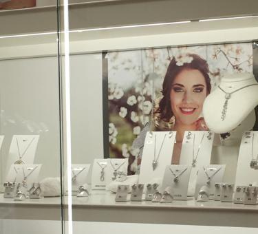 Juwelier Klisch: Uhren - Juwelen- Service
