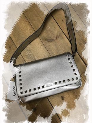 Gabor Bags - kleine Schultertasche in Silber