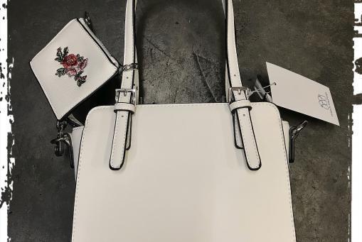 Merch Mashiah - kleine Damentasche in gebrochenem Weiss