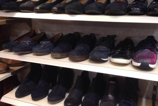.....blaue Schuhe