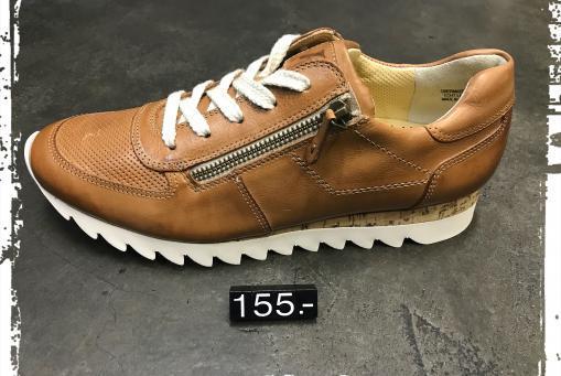 Paul Green - pfiffiger Sneaker in klassischem Cognacbraun