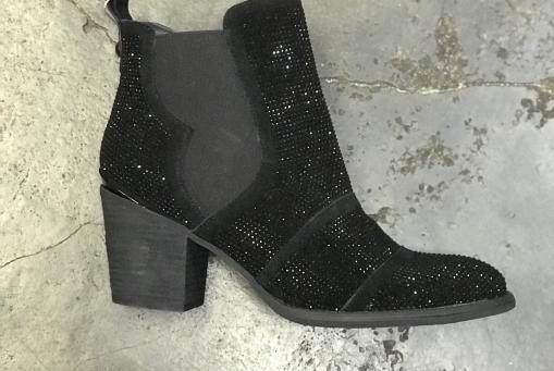 Alma en Peña- schwarze Stiefelette mit kleinen Straßsteinen