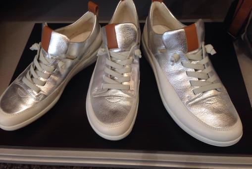 Ara - sehr bequemer Sneaker in Silber