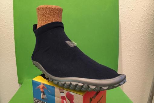 Sneaker blau, auch in den Farben schwarz und türkis