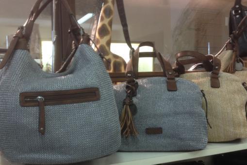 Beutel-Taschen in sommerlichen Farben beige und grau. Beutel und Umhängetaschen