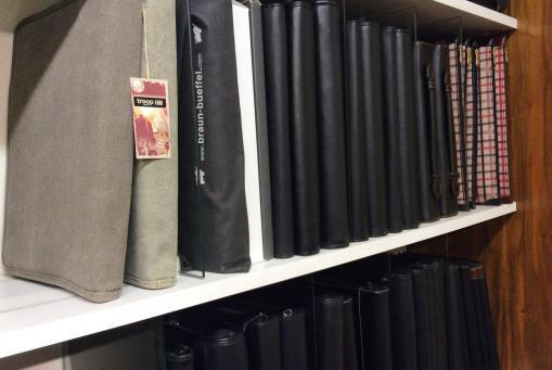 Schreibmappen in verschiedenen Ausführungen aus Leder oder Synthetik