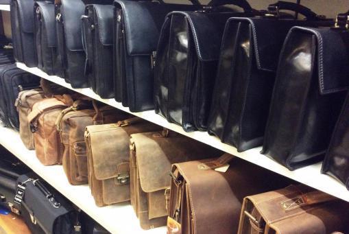 Businesstaschen aus Leder. Alle Größen und Ausführungen. Auch Ruiter Tassen. Farbige Modelle