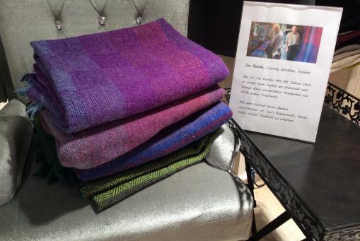 Handgefertigte Kniedecken aus 100% irischer Schafswolle