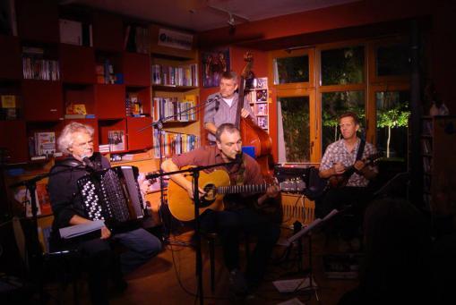 Sa 20. Mai 2017, 20h: Song poets (Live-Konzert)