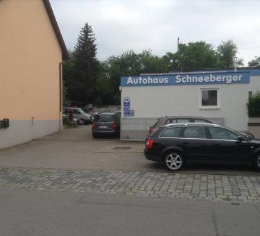 autohaus schneeberger in regensburg gro pr fening 8. Black Bedroom Furniture Sets. Home Design Ideas