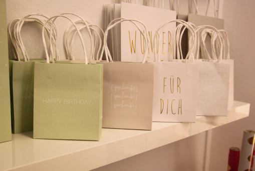 Geschenke und Geschenkverpackungen