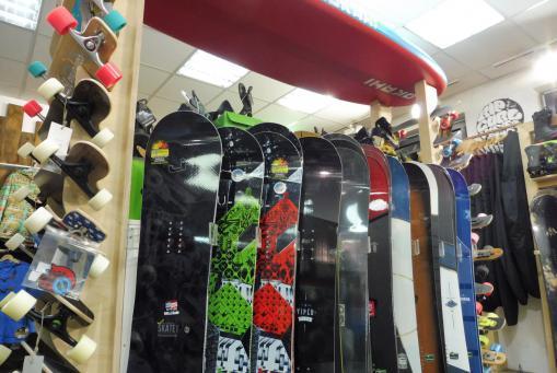 Snowboards, Longboards, SUPs
