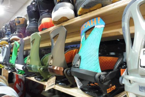 Snowboard Boots und Bindungen