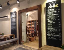 Anna liebt Brot und Kaffee in Regensburg