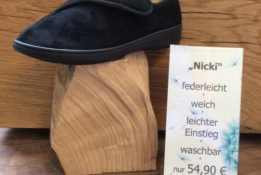 "Verbandsschuh ""Nicki"""