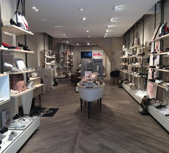 Großbritannien bester Ort für baby Öffnungszeiten Ara Shop Regensburg, Rote-Hahnen Gasse 5