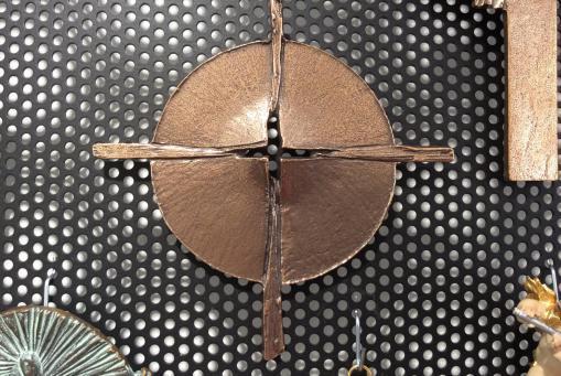 Bronzekreuze, Holzkreuze